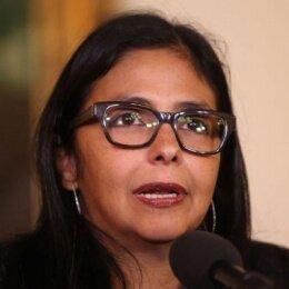 Reino español persiste en respaldar los intentos golpistas en Venezuela